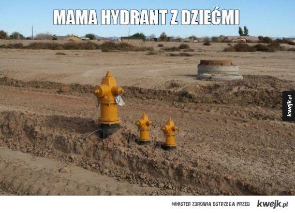 Mama hydrant z dziećmi