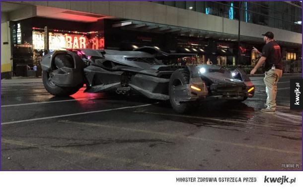 Batmobil widziany w Toronto