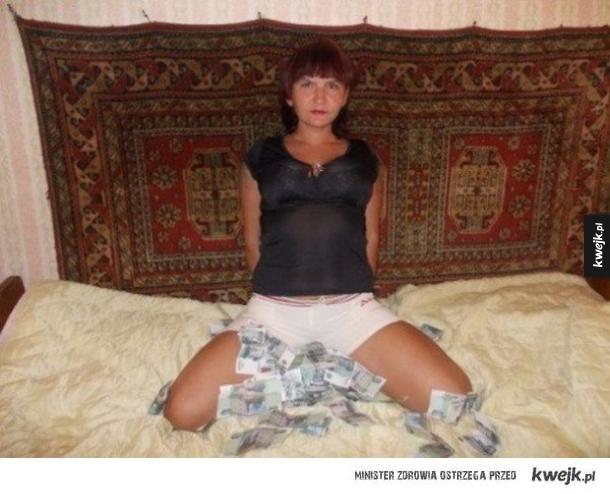 Домашняя подборка снимков обнажённых задниц замужних дамочек  680850