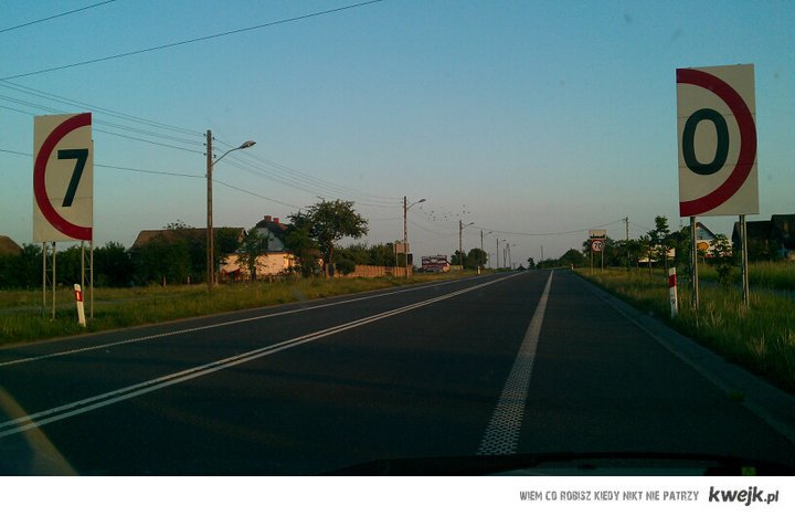 Znak na drodze nr 3. Pieniędzy może i na drogi nie ma, ale wyobraźni nie brakuje!