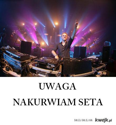 Armin nakurwia