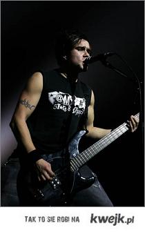 Dziewczyny kochajcie basistów ! Tylko oni mają wszystko większe i grubsze !