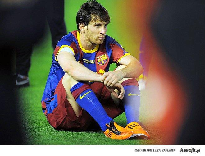 Messi smutny:<
