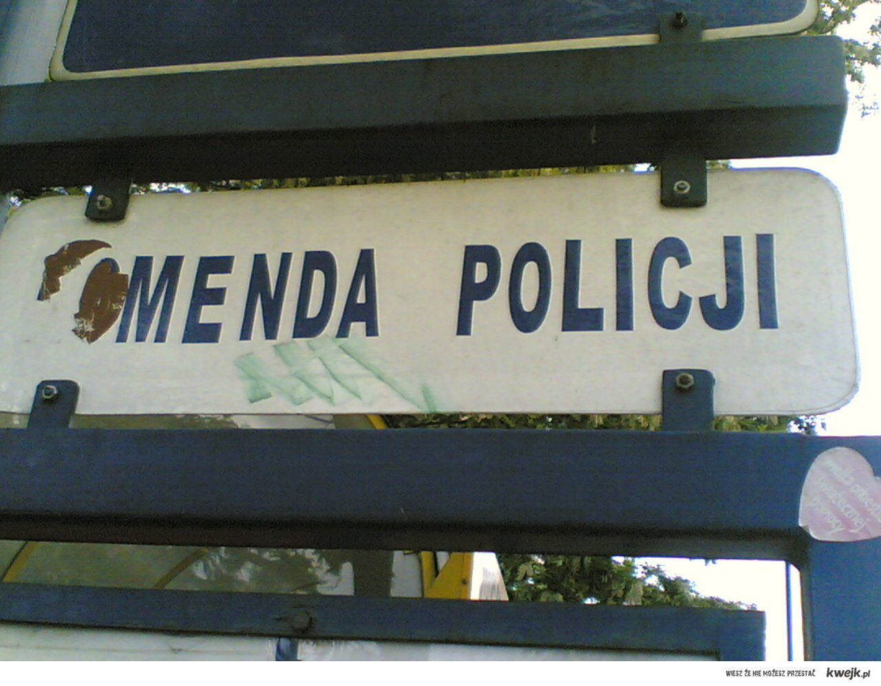 menda policji