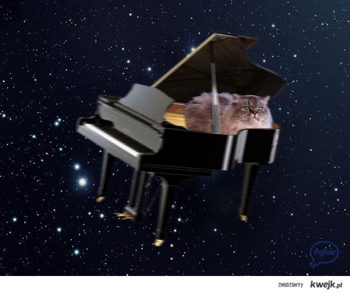 Kiedyś nie było syntezatorów i tak trzeba było przemierzać kosmos...