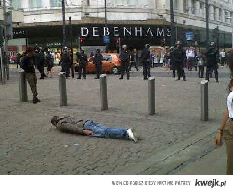 The Legend who was planking during the 2011 Manchester riots
