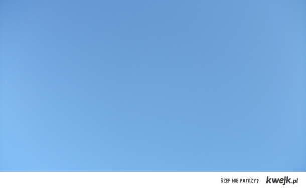 a tak wygląda niebo dzisiaj w moim mieście:)