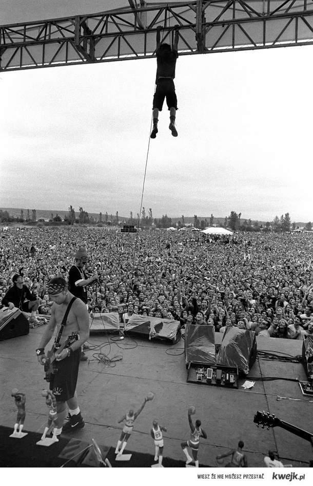 Pearl Jam/Eddie Vedder/Drop in the Park/1992