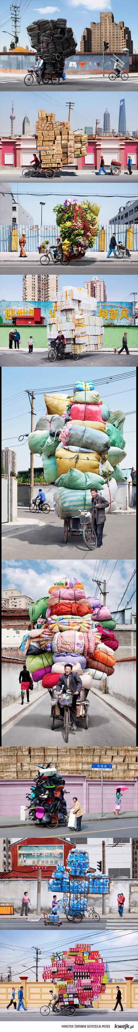 Chińscy rowerowi kurierzy.