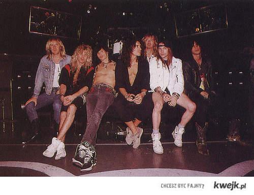 Guns N' Roses <33