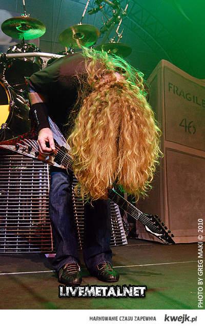 TO są długie włosy. \m/