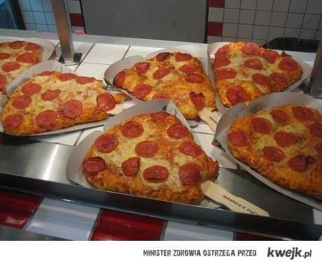 pizza na patyku