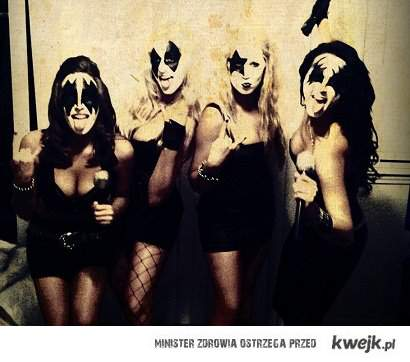 Kiss Girls