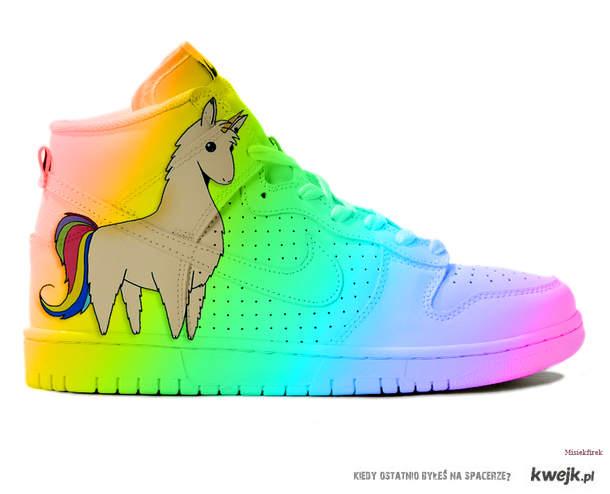 Jednorożcolama Nike