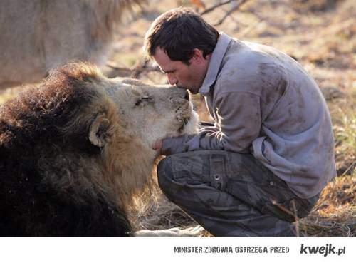 Kevin Richardson-Lion Whisperer
