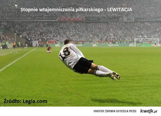 LEWITACJA - Z meczu Legia - Rapid