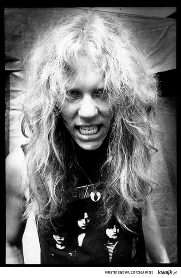 James Hetfield. KILL 'EM ALL!