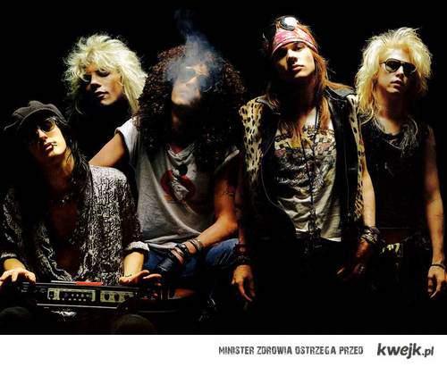 <3 Guns N' Roses