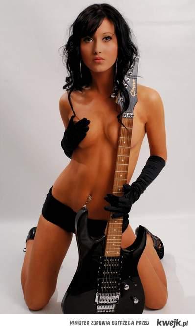 Gitarzystka