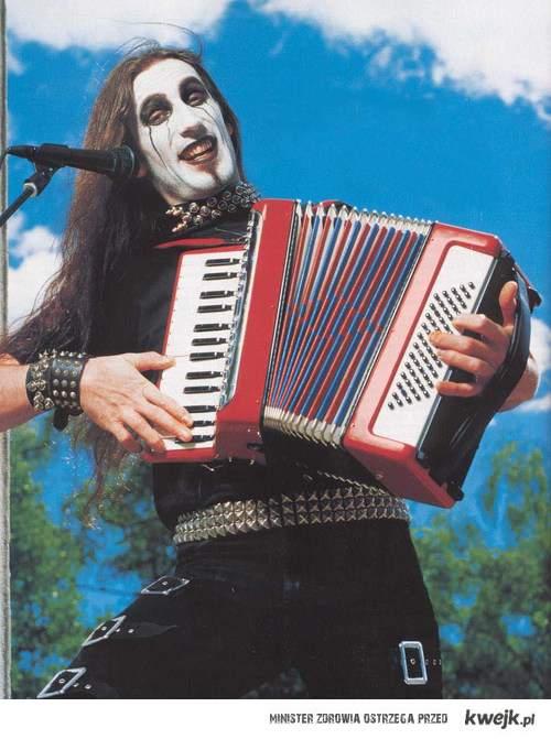 metal na akordeonie