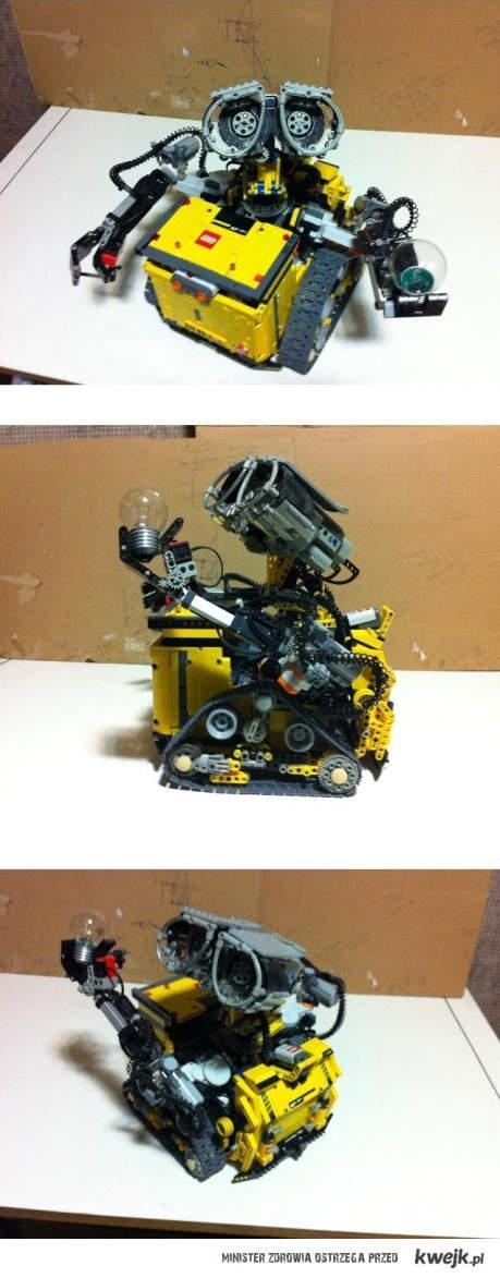 Wall-E z lego <3