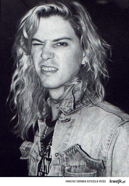 Duff McKagan <33