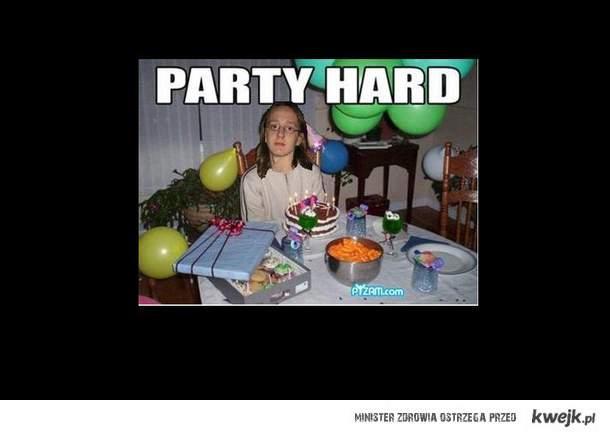 party hard z tokarem