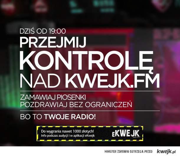 """Wieczór na żywo w stylu z """"wakacji 2011"""" w Kwejk FM!"""