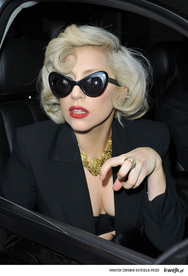 paws UP little MONSTERS