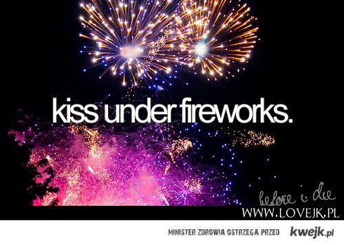 Kiss under fireworks