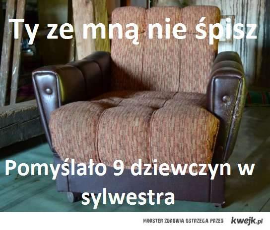 Spanie na fotelu w sylwestra