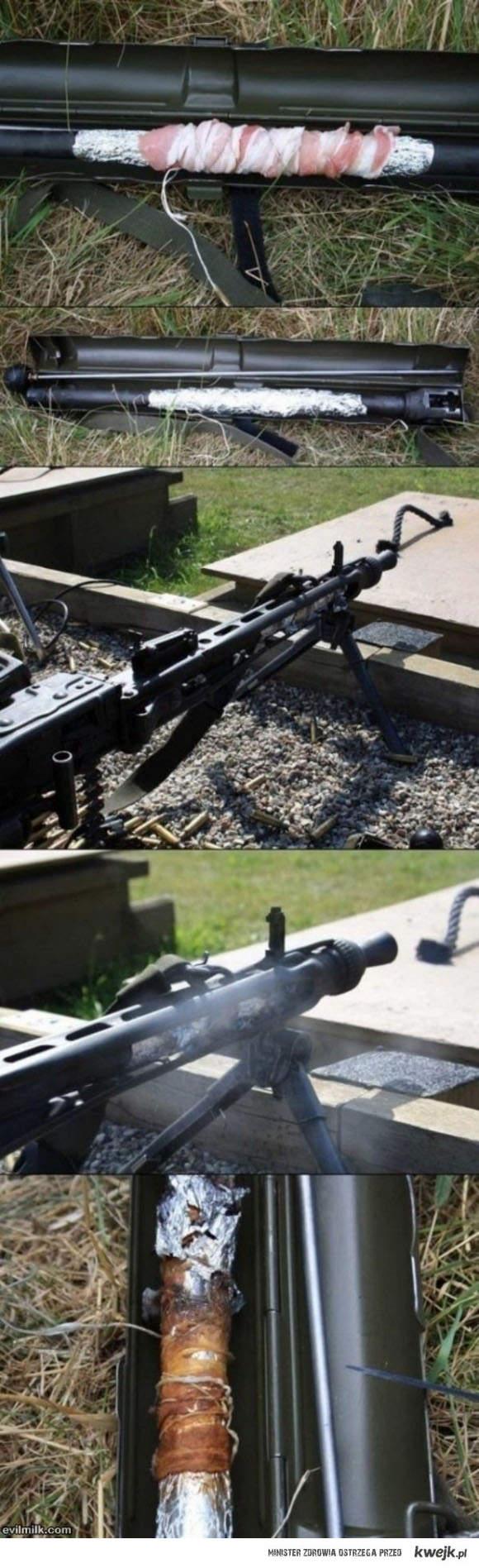 strzelanie z karabinu i smażenie boczku