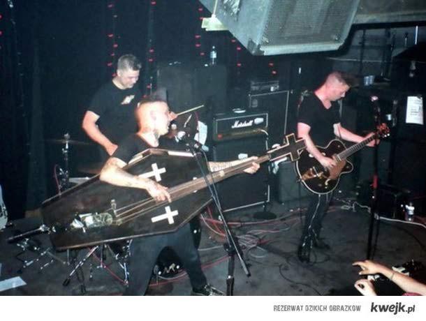 ekstrawagancki basista