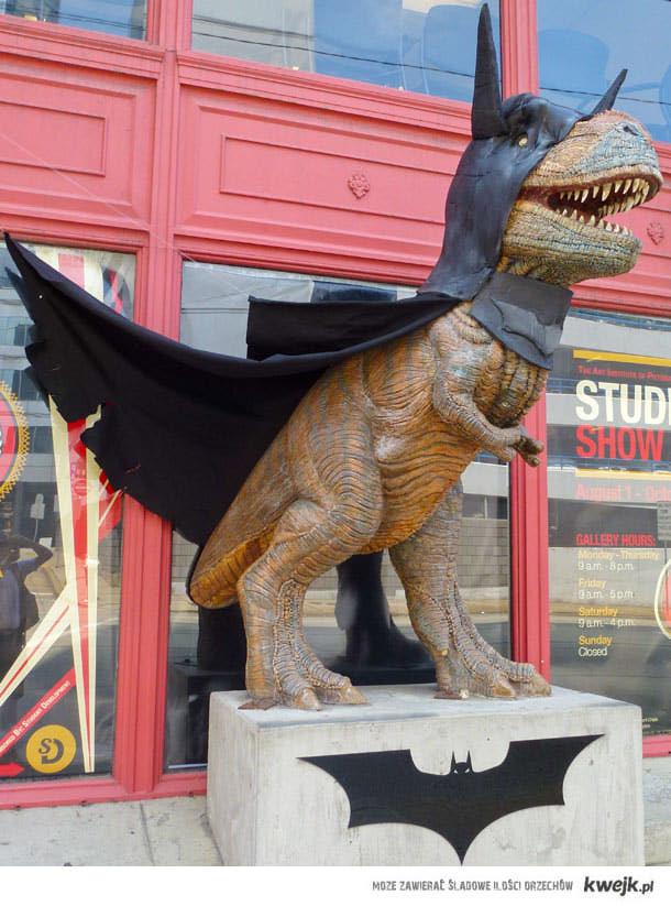 Dino Bat