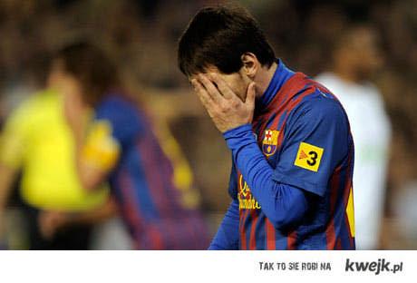 I hyc o poprzeczke, Messi kur.. bęc !