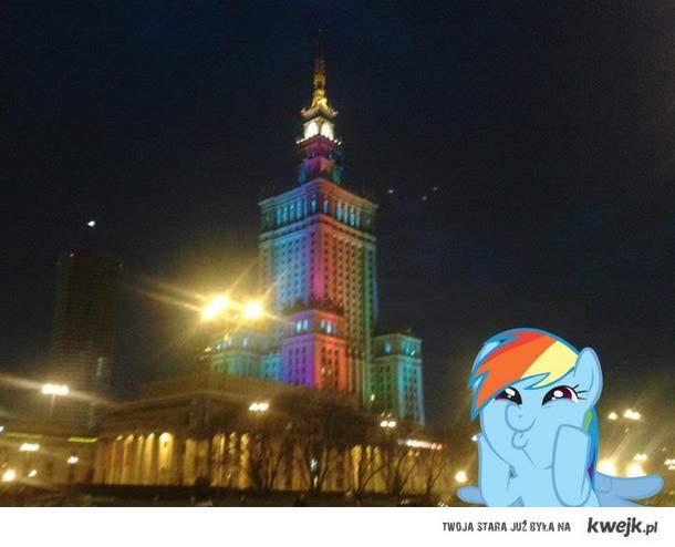Rainbow dash jest dumna!