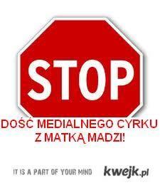 Żygasz już newsami o neandertalczyku w ciemnych okularach i o matce Madzi?! Wyżyj się na FB! Szukaj page'a jak z obrazka :)