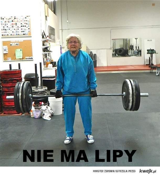 Babcia NIE MA LIPY