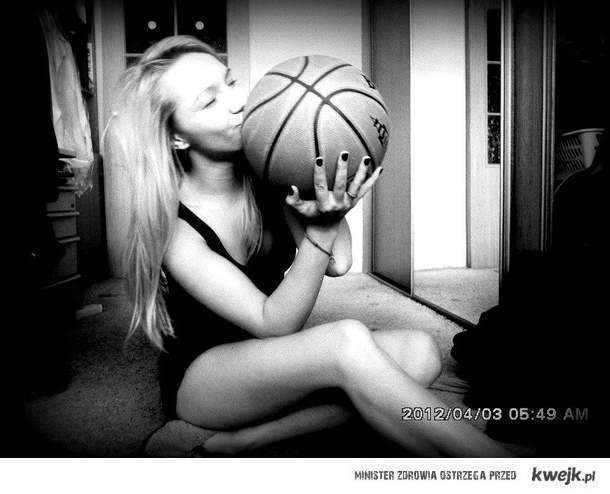 I <3 Basketball