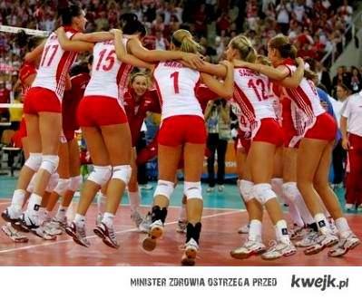 Uwielbiam moje dziewczyny z drużyny :**<3