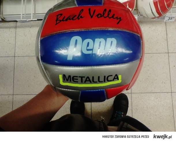 Piłka dla prawdziwego metala