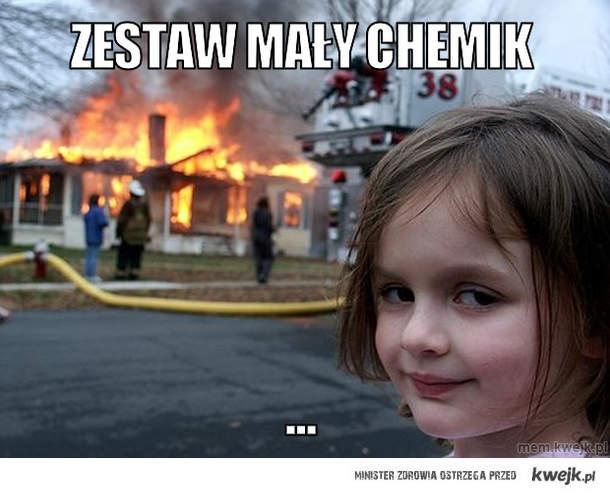 Zestaw mały chemik