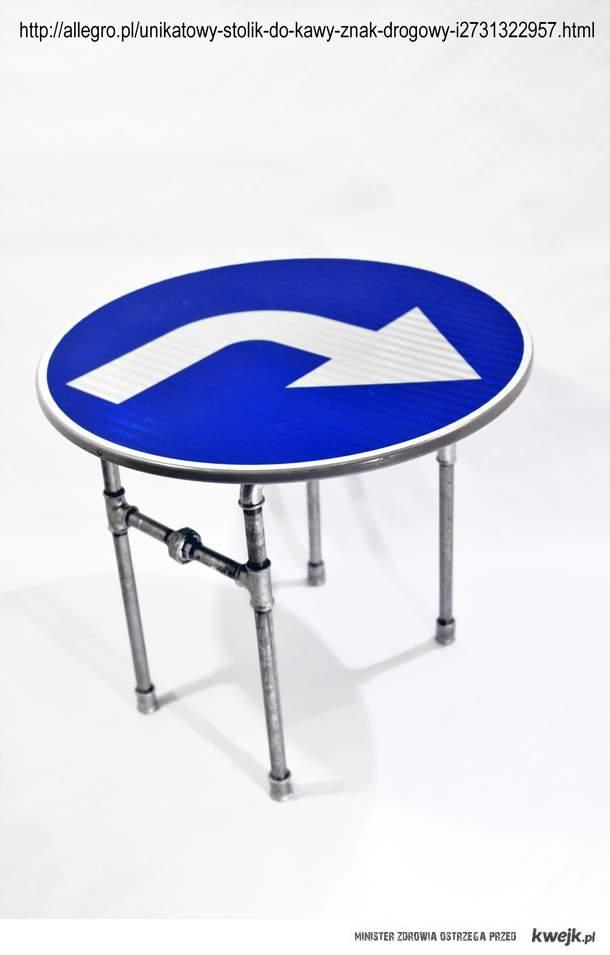Unikatowy stolik- znak drogowy