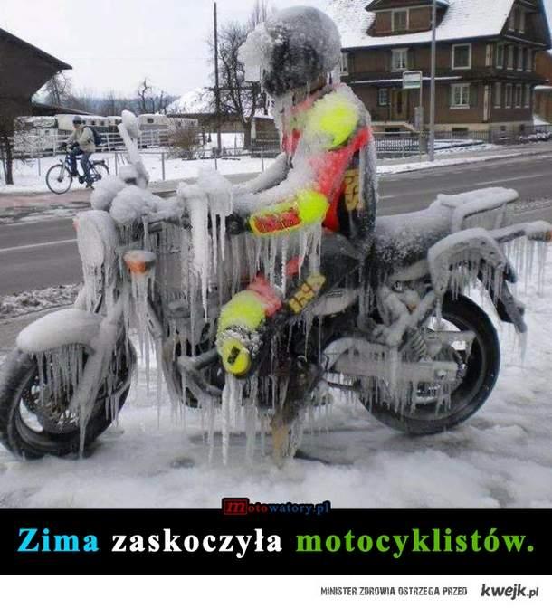 Zima vs. motocykliści