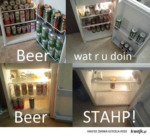 BEER WAT R U DOIN?