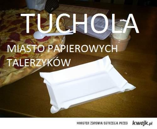 Tuchola i papierowe talerzyki