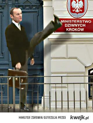 Ministerstwo Dziwnych Kroków