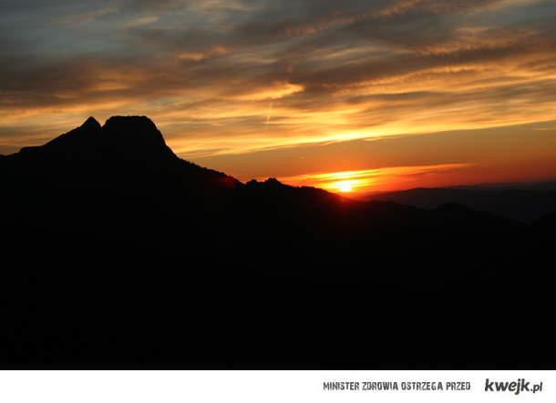 zachód słońca w tatrach