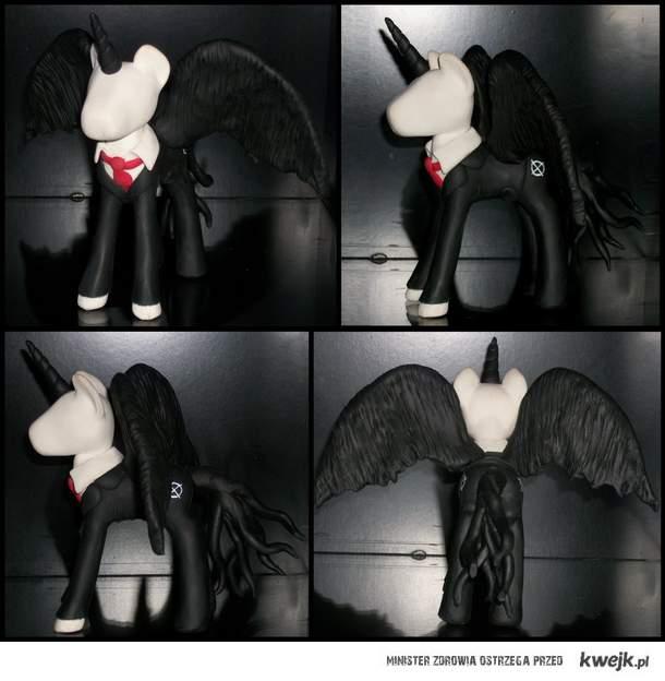 Slender Pony