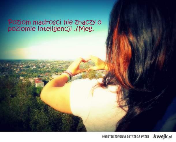 Inteligencja to nie to samo co mądrość.